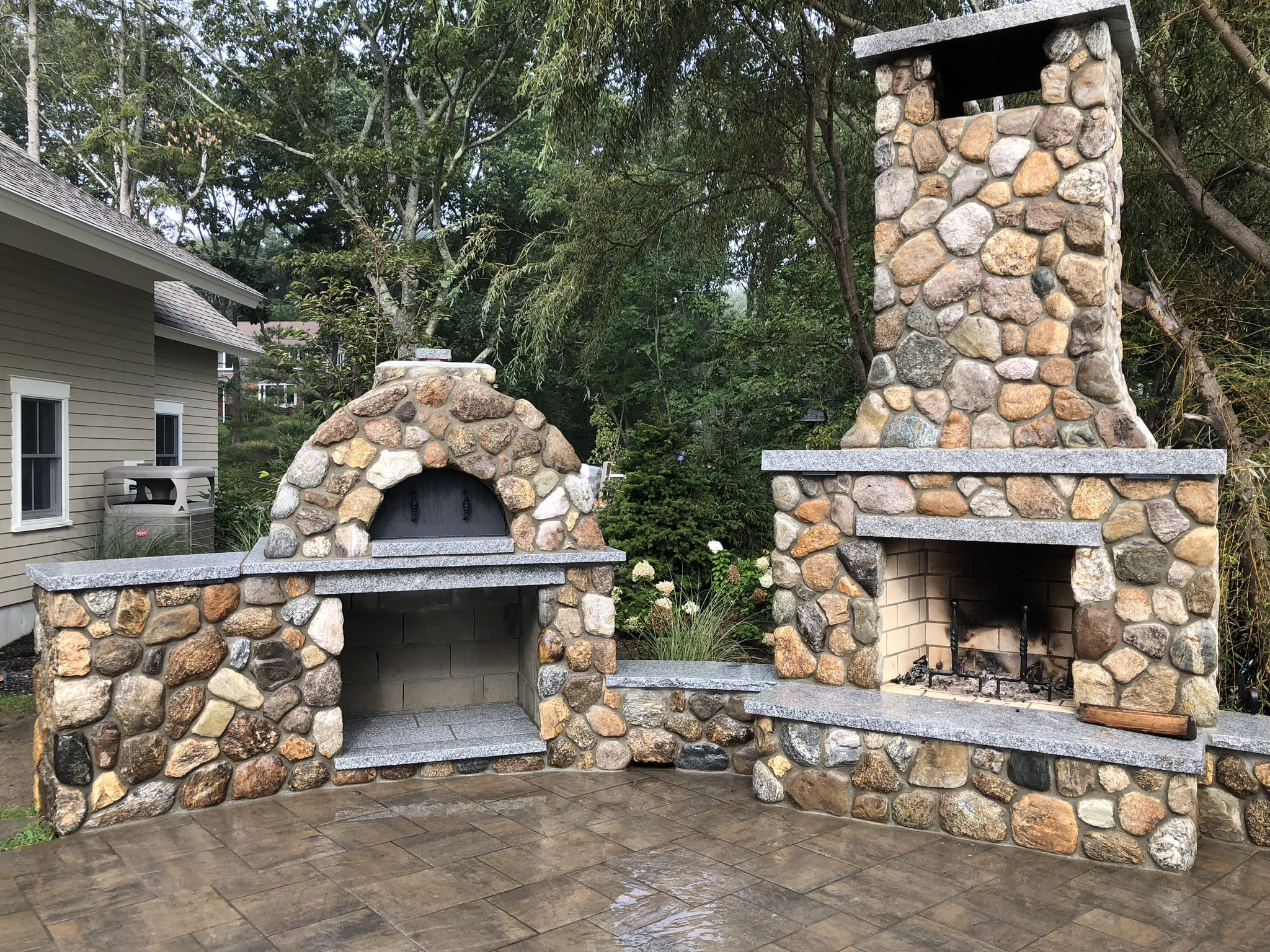 Brickoven Pizza outdoor living