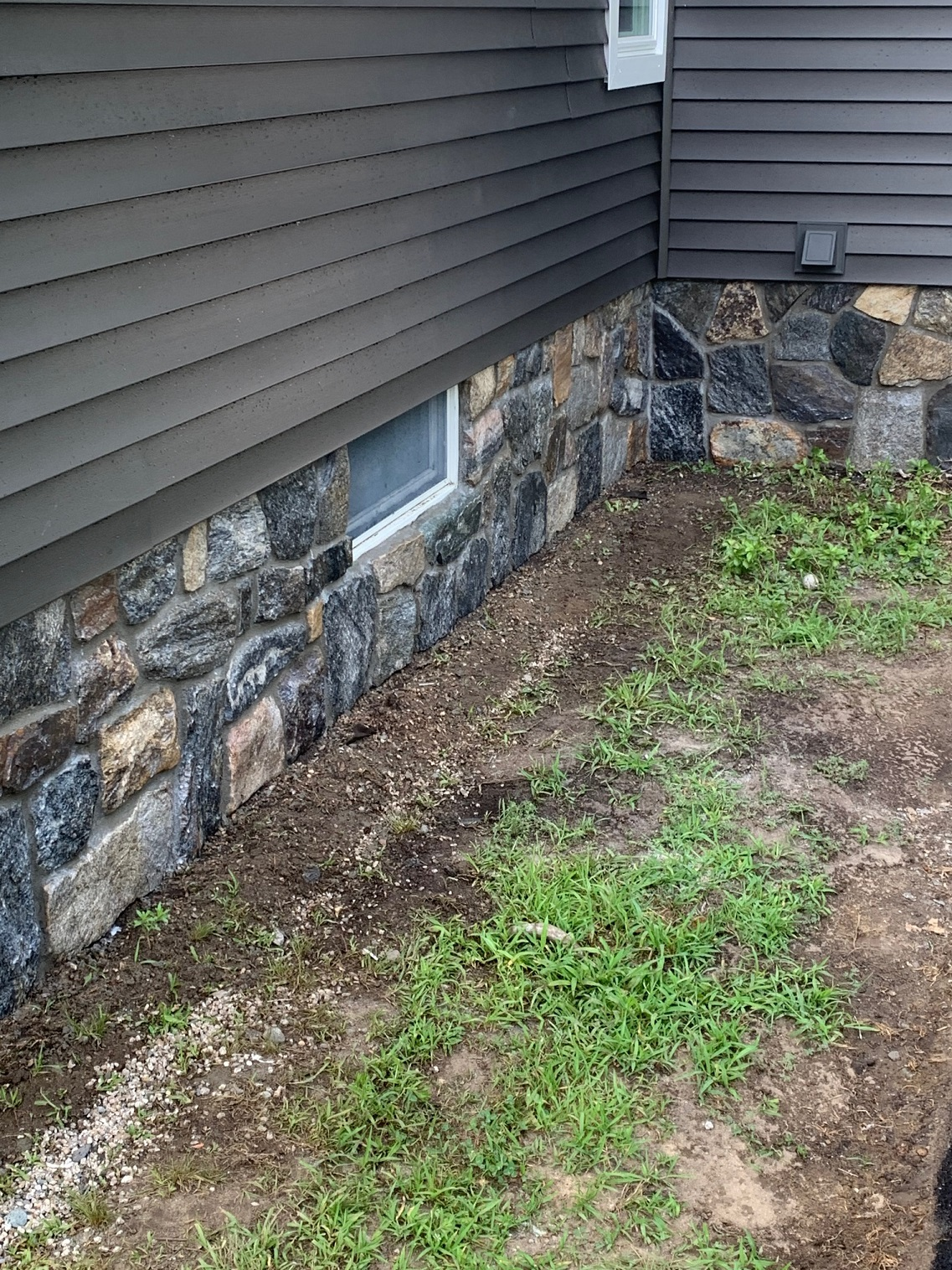 Stone Veneer around a hosue